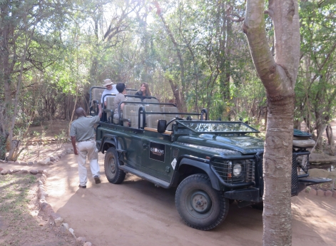 safari, Karongwe Game Reserve, South Africa, ranger