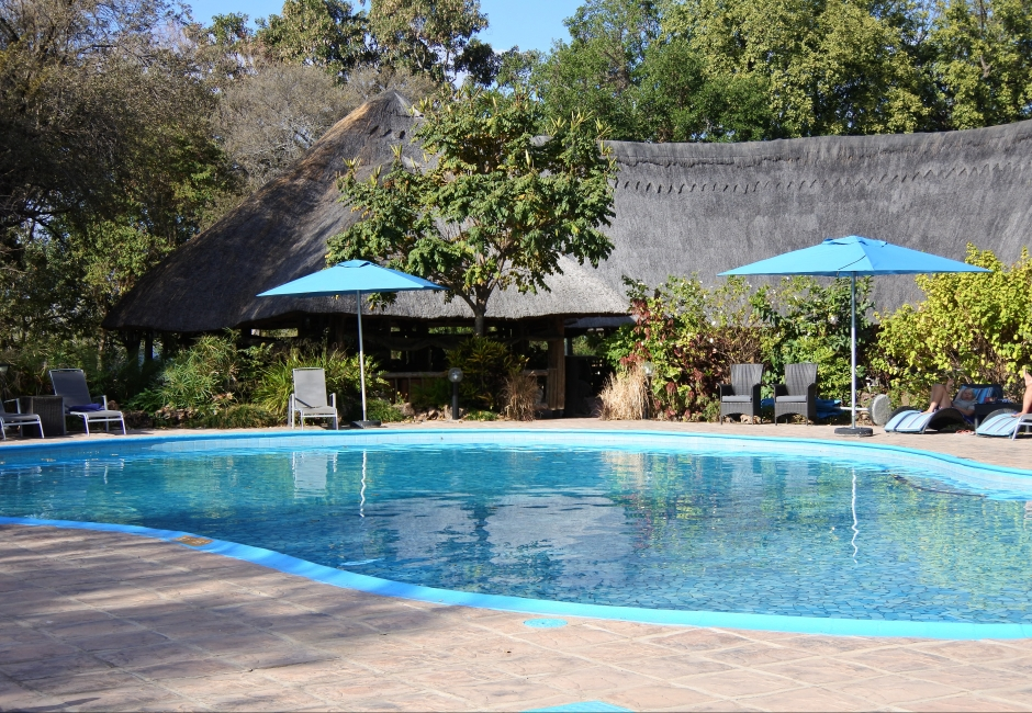 piscine, swimming pool, A'Zambezi River Lodge, Victoria Falls, Zimbabwe, Africa