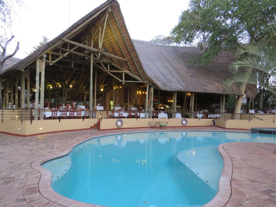 Chobe Safari Lodge, restaurant, Botswana